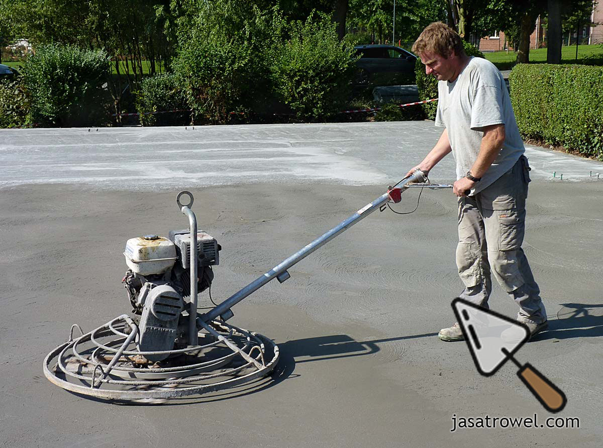 Trowel Lantai Beton dan Floor Hardener
